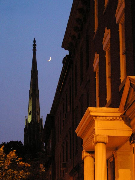 Twilight_Moon_Over_Madison_
