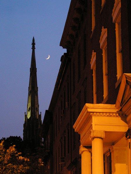 Twilight_Moon_Over_Madison_
