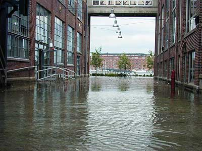 cascade_entrance_flooded.jpg